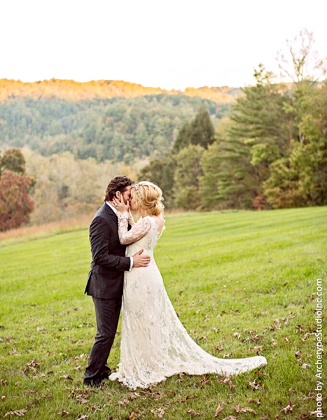 brandon-blackstock-kelly-clarkson-wedding-inline