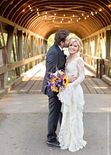 1382376543_brandon-blackstock-kelly-clarkson-wedding-467